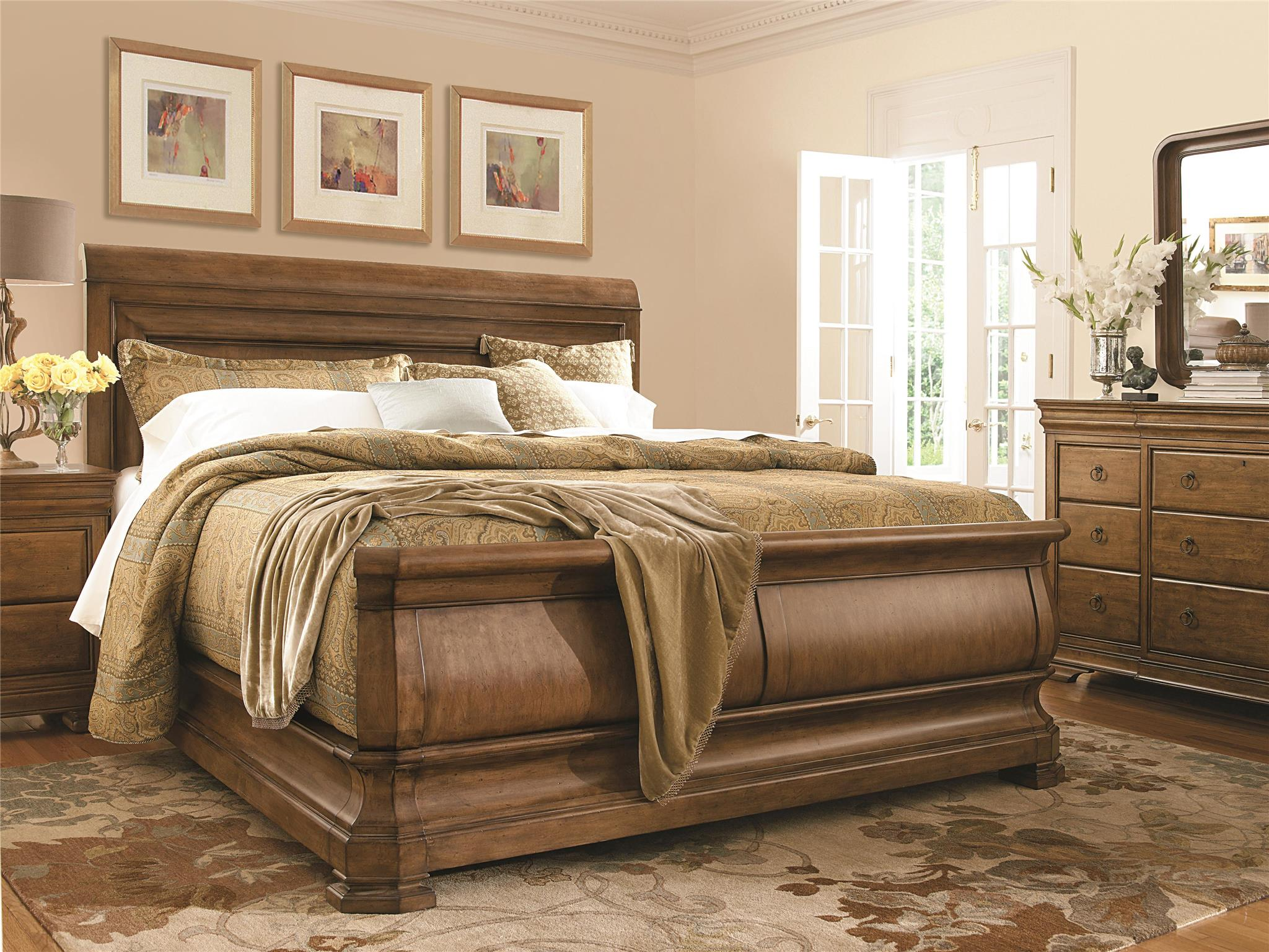 Picture of: 07175b New Lou Queen Sleigh Bed By Universal Rudd Furniture